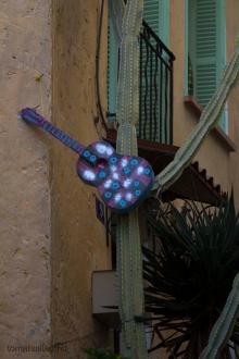 gitarr i kaktus :-)
