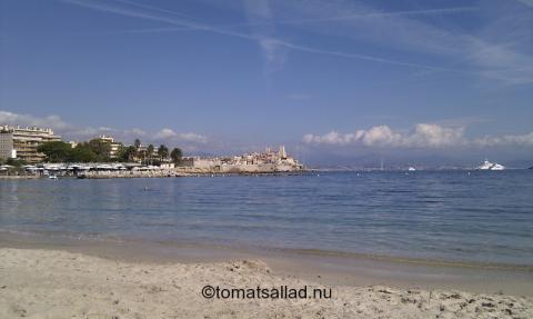 gamla Antibes sett från stranden