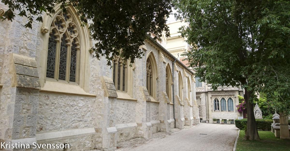 nice-holy-trinity-church-49