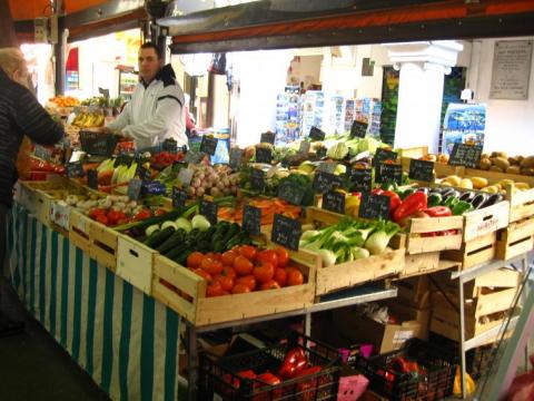 marknad Antibes