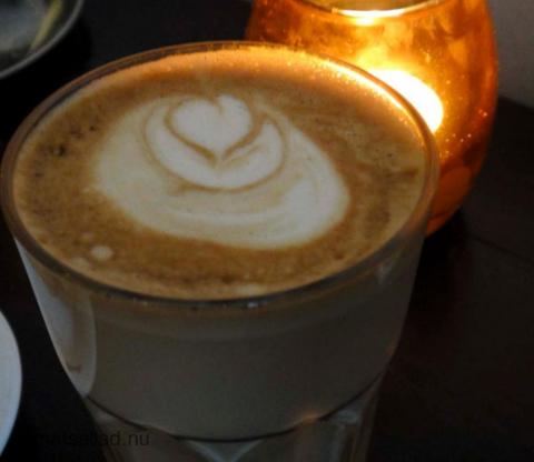 mahogny latte