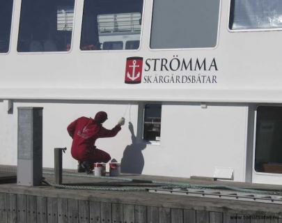 Vårtecken, båtar målas