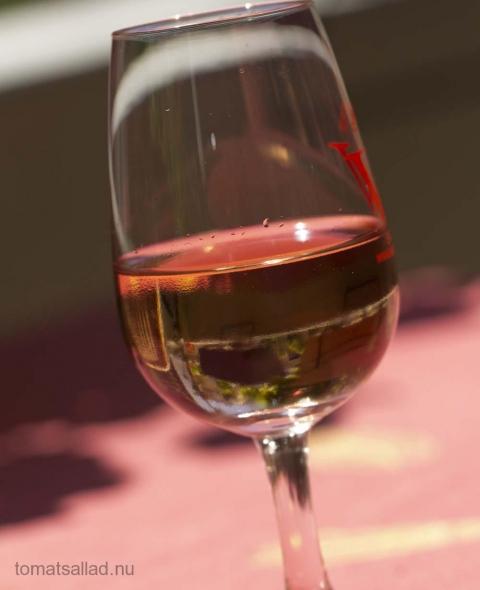 ett glas rosévin