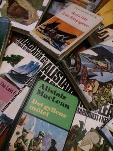 böcker skrivna av Alistair MacLean