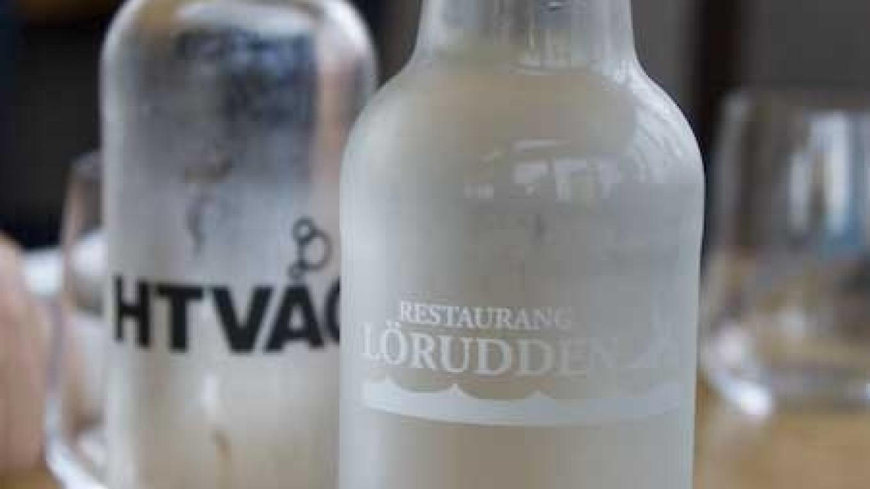 restaurang löruddens vattenflaskor