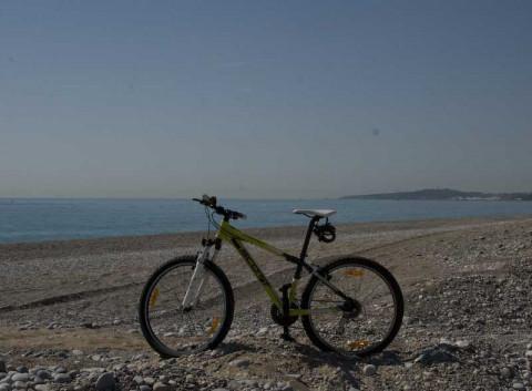 I fjärran Cap d'Antibes