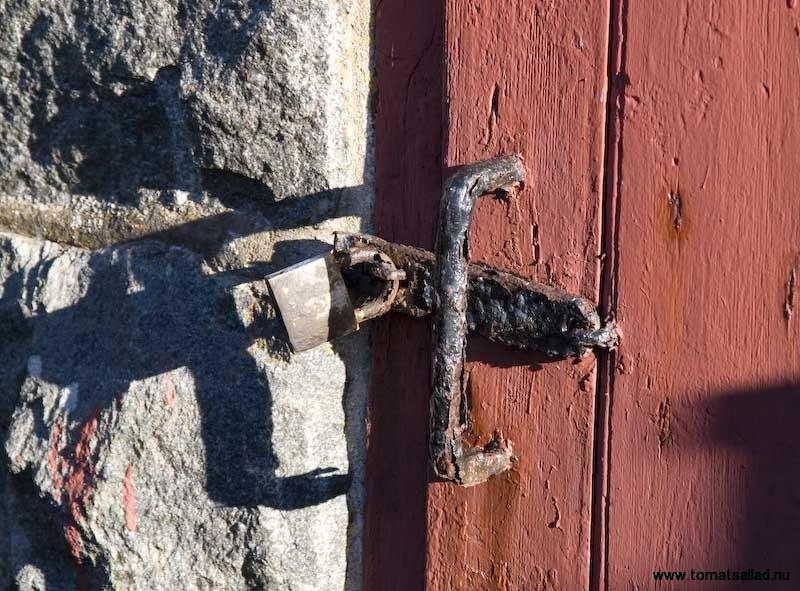 detalj gammal dörr