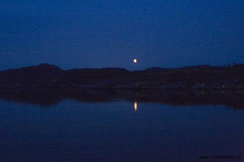 måne över stigfjorden
